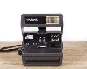 Polaroid Camera / Working Polaroid OneStep 600 Camera / Old Polaroid Camera / Polaroid 600 Camera / Vintage Polaroid Camera /Retro Polaroid