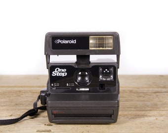 Polaroid Camera / Working Polaroid OneStep 600 Camera / Old Polaroid Camera / Polaroid 600 Camera / Vintage Polaroid Camera /Retro Polaroid