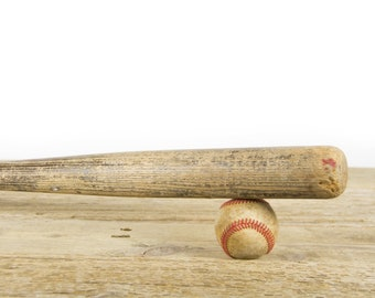 Vintage Wooden Baseball Bat / Baseball Decor / Brown and Black Antique Baseball bat / Wood Bat / Sports Decorations / Retro Wooden Bat