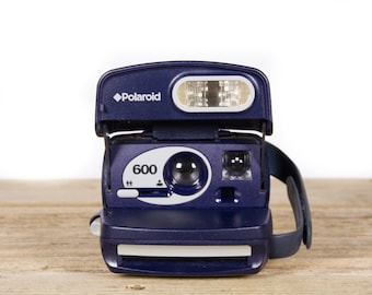 Polaroid Camera / Working Polaroid 600 Camera / Old Polaroid Camera / Polaroid Onestep Camera / Vintage Polaroid Camera /Retro Polaroid