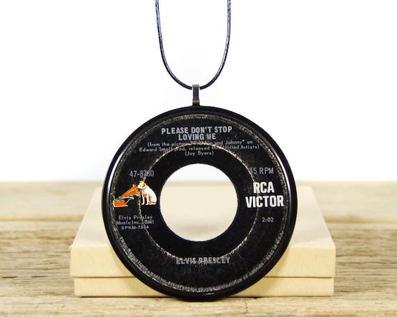 Vintage Handmade Elvis Presley Vinyl Record Necklace 1966 / 45 Vinyl Record Necklace for Women / Unique Vinyl Record Gift for Women & Men