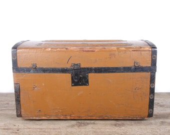 Antique Childrens Wooden Humpback Trunk / Camelback Steamer Trunk Humpback / Storage Trunk / Antique Trunk / Wooden Chest / Chest Trunk