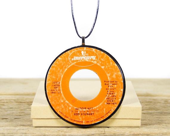 Vintage Handmade Rod Stewart Vinyl Record Necklace 1971 / 45 Vinyl Record Necklace for Women / Unique Vinyl Record Gift for Women & Men