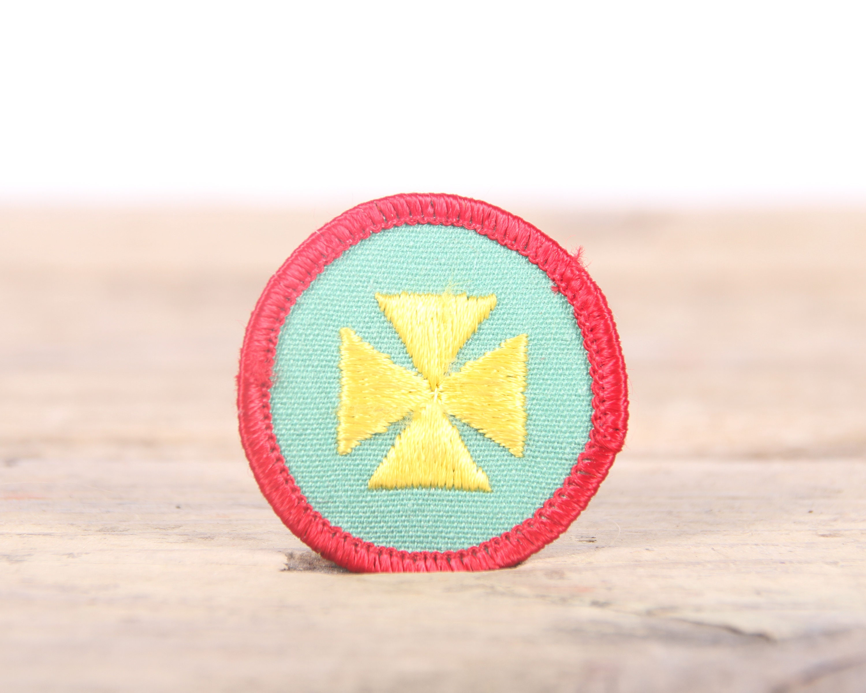 Vintage Girl Scout Patch / 1970's-80's Scout Patch / Red and