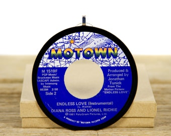 """Vintage Diana Ross And Lionel Richie """"Endless Love"""" Record Christmas Ornament from 1981 / Vintage Holiday Decor / Music Gift / Funk, Soul"""