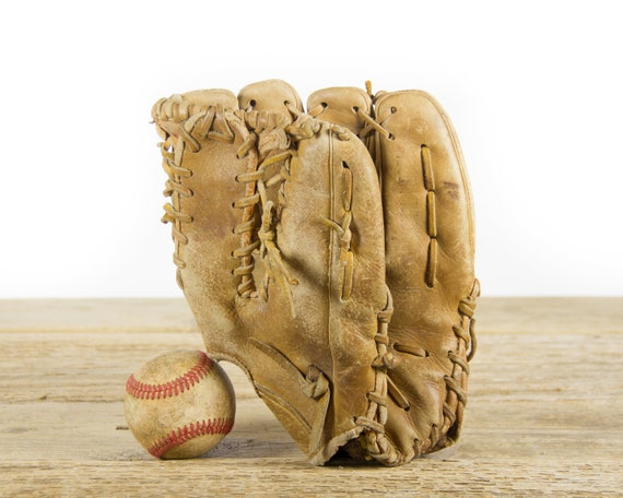 Vintage Diamond King Baseball Glove / Old Vintage Leather Baseball Glove / Antique Baseball Room Decor
