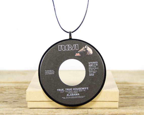 Vintage Handmade Alabama Vinyl Record Necklace 1986 / Country 45 Vinyl Record Necklace for Women / Unique Vinyl Record Gift for Women & Men