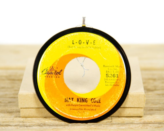 """Vintage Nat King Cole """"LOVE"""" Record Christmas Ornament from 1964 / Music Gift / Jazz, Pop, Easy Listening"""