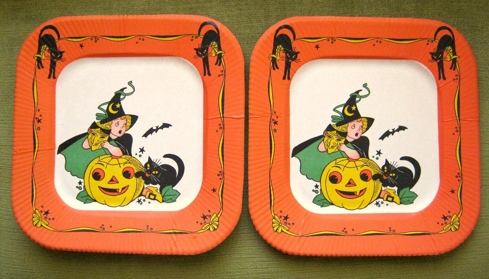 Vintage Halloween Paper Plates