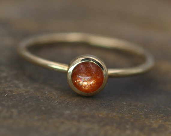 Sunstone Stacking Ring, 1.4mm Band - 5mm Round Glossy FInish- Made with USA Recycled 14 or 18kt Yellow Gold - Sunstone Bezel Stacking RIng