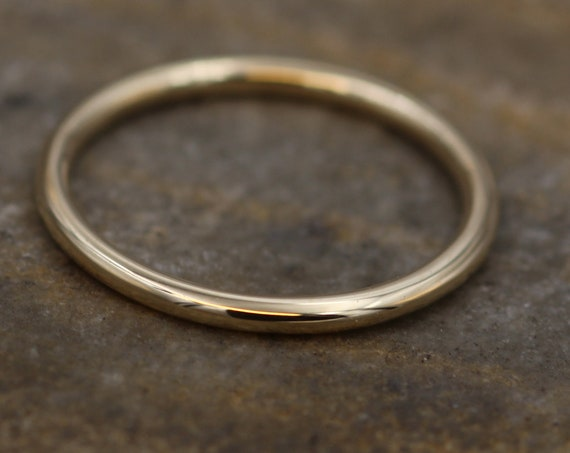 14 kt Yellow Gold Band - 1.6 mm, Glossy Finish - Thick Yellow Gold Ring - Stacking Ring -  Gold Ring
