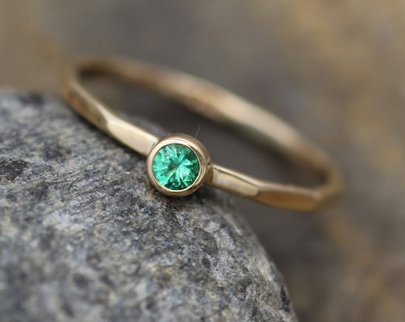 Emerald Ring - 2.75mm, 1.2mm Band - Emerald Yellow Gold Ring - Emerald Bezel Ring - Columbian Emerald Ring - Natural Emerald Ring