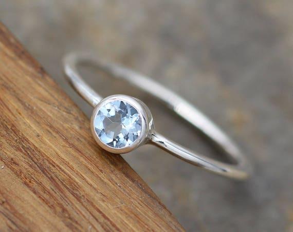 Aquamarine Bezel Ring - Dainty Glossy Solitaire Ring - Round Aquamarine Ring - Alternative Engagement Ring - 1.3mm Band