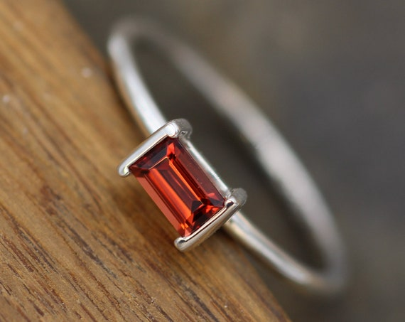 Garnet 3x5mm Channel Baguette Ring - Dainty Glossy Finish Solitaire Ring - Rectangular Ring - Alternative Engagement Ring - 1.5mm Band