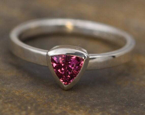 Rhodolite Garnet Trilliant Ring - 5x5mm Glossy Finish - Engagement Ring - Garnet Bezel Ring - Triangle Ring - Rhodolite Ring