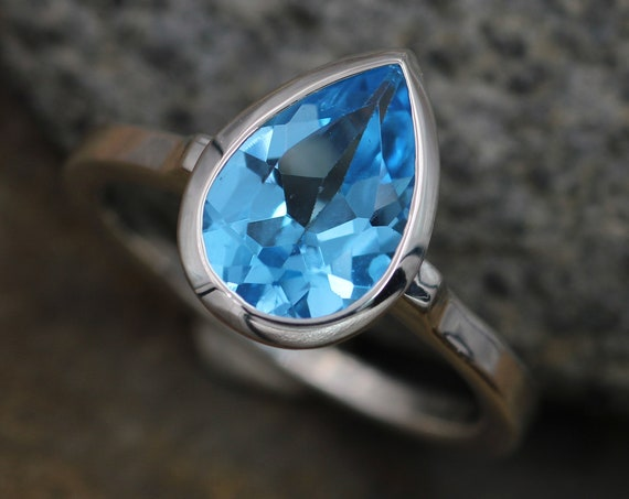 Swiss Blue Topaz Glossy Finish Pear Cut Bezel Ring - Pear Blue Topaz Ring - Rock Fettish Ring - Alternative Engagement Ring