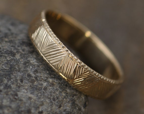 Bright Cut Bark Ring Hand Engraved Yellow Gold 5.5x1.5mm Band - Milgrain Edge - Textured Ring - Patterned Ring - Medium Profile Ring