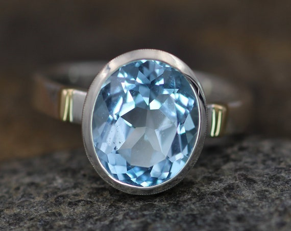 Large Oval Blue Topaz Bezel Ring in Silver and Gold - Blue Topaz Honker Ring - Alternative Engagement Ring - Blue Topaz Statement Ring