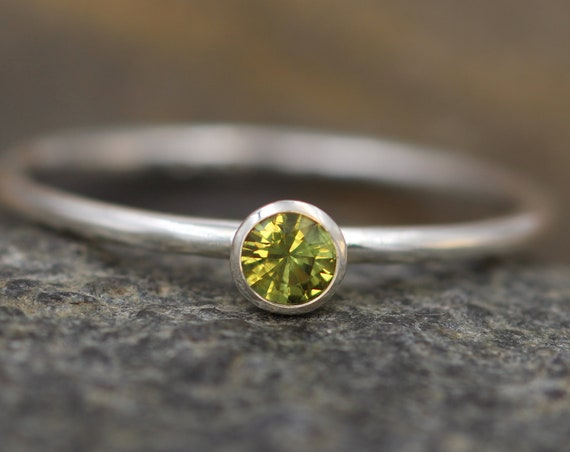 Green Sapphire 3.8mm Round Stacking Ring - Glossy Finish - Hand Made in Sterling Silver - Stackable Green Sapphire  - Green Sapphire Ring