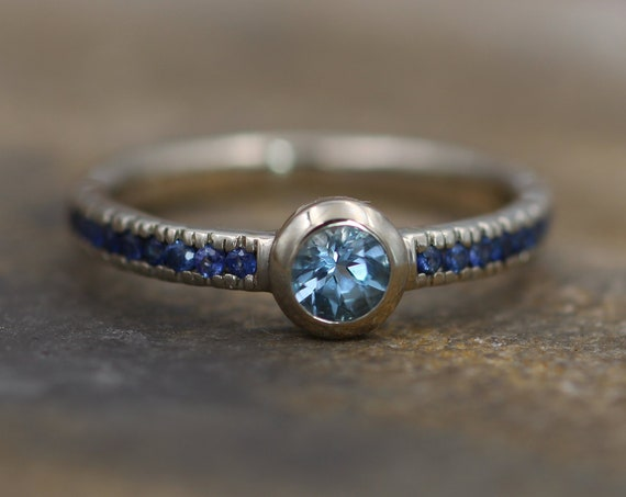Aquamarine and Blue Sapphire Alternative Engagement in 14 kt White Gold - Aquamarine Gold Ring - Aquamarine Sapphire Bezel Ring