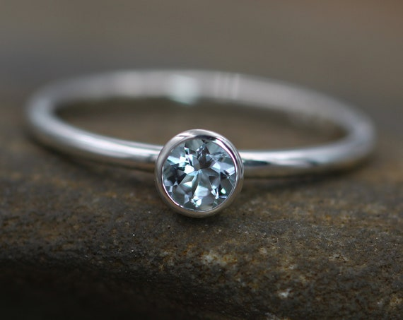 Aquamarine Bezel Ring - 4mm round - Stacking Ring - Glossy Finish - Petite Round Aquamarine Ring - Sterling silver - Stackable