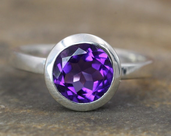 Amethyst Thick Bezel Low Profile Ring - 8mm Glossy Finish - Solitaire Amethsyt Ring - Grape Amethyst Ring - Alternative Ring - February Ring