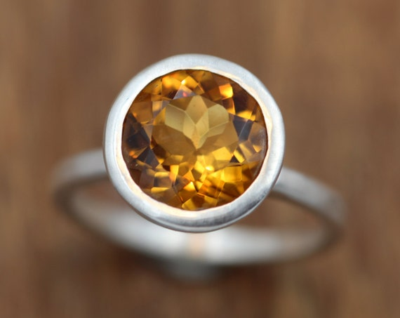 Citrine Evening Ring - Citrine Silver Ring - Round Citrine Ring - Citrine Faceted Ring - Citrine Bezel Ring