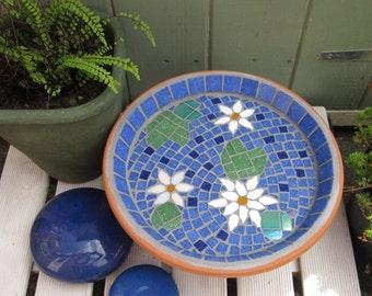 White Water Lily Mosaic Pond Garden Yard Bird Bath Decoration
