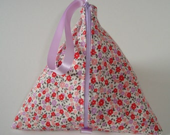Knitting Pouch (pyramid style)- Posy