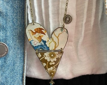 """Tin Jewelry Necklace """"Fly Away"""" Tin for the Ten Year Tenth Wedding Anniversary"""