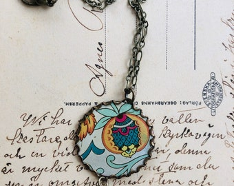"""Tin Jewelry Necklace """"Partially Paisley"""" Tin for the Ten Year Tenth Wedding Anniversary"""