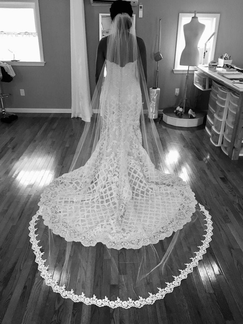 Wedding Veil *Cathedral Length*1 Tier*Off White//Ivory*Wide Lace*Bespoke *