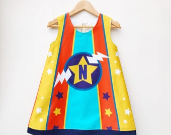 Robe de filles Personsalised super héros