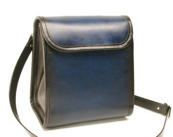 Large Leather Messenger Crossbody Purse v1