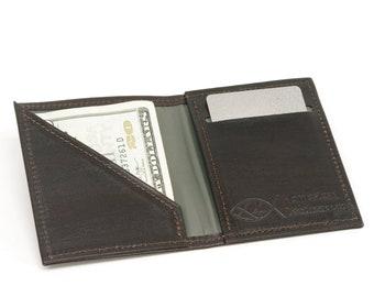 Vertical Bifold Leather Minimalist Wallet