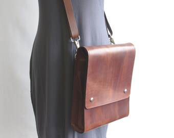 Medium Messenger v2.1 - Dark Brown