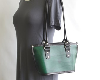 Small Tote (zip closure)
