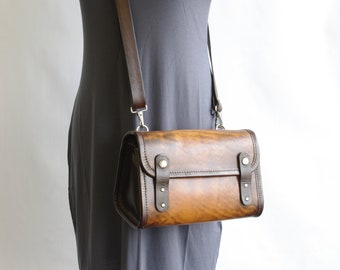Small Messenger Purse (Snap Tab Version)