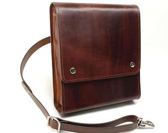 Medium Messenger Bag v2.1 - Dark Brown - CLEARANCE -