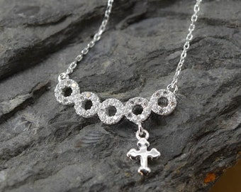 Eternity Circle Cross Necklace, Cross Pendant, 925 Sterling Silver, Crystal Necklace Pendant, Bridesmaid Gift, Bridesmaid Necklace