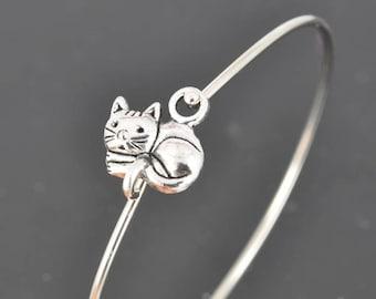 Cat Bangle, Sterling Silver Bangle, Cat Bracelet, Stackable Bangle, Charm Bangle, Bridesmaid Bangle, Bridesmaid jewelry, Bridal Bracelet