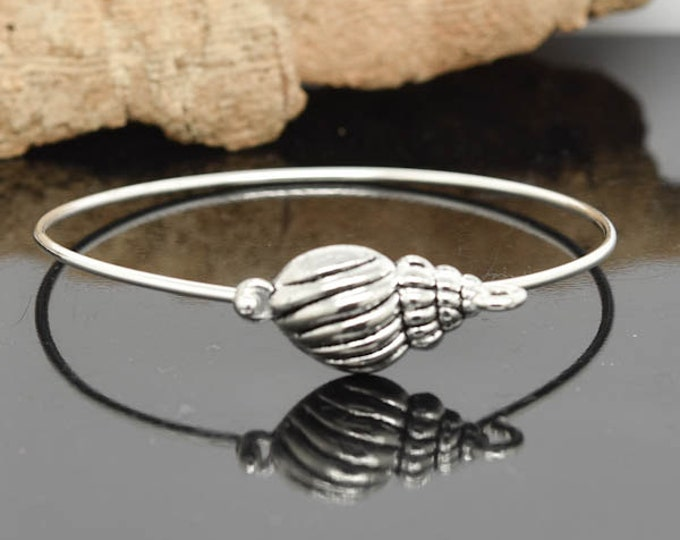 Sea Shell Bangle, Sterling Silver Bangle, Sea Shell Bracelet, Stackable Bangle, Bridesmaid  Bangle, Bridesmaid jewelry, Bridal Bracelet