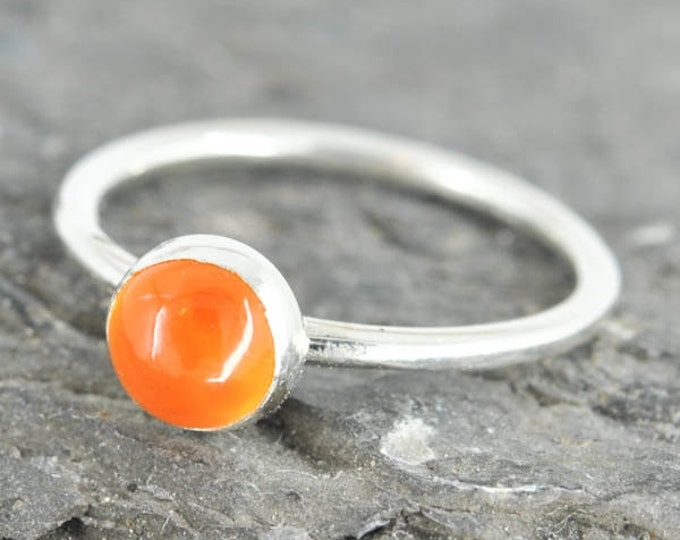 Carnelian ring, 6mm, gemstone ring, stacking ring, july birthstone ring, personalized ring, bridesmaid ring, bridesmaid gift, best friends