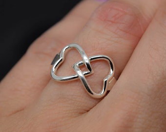 infinity ring, knot ring, sterling silver, I LOVE YOU, best friend, promise, personalized, sisters, engraved, Bridesmaid Gift, Maid of honor