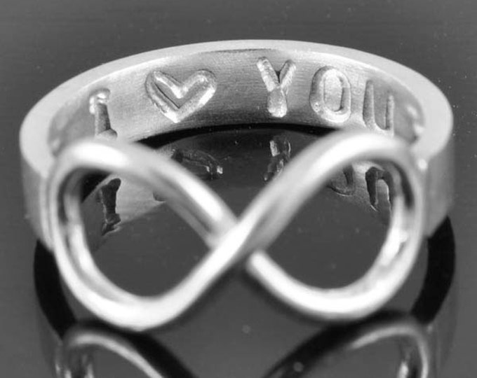 Infinity Ring, Promise Ring, Personalized Ring, Best Friend Ring, mother daughter, sisters ring, heart ring, engraved ring, Bridesmaid Gift