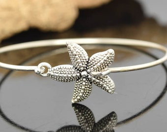 Starfish Bangle, Sterling Silver Bangle, Starfish Bracelet, Stackable Bangle, Bridesmaid Bangle, Bridesmaid jewelry, Bridal Bracelet