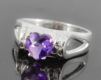Amethyst Ring, Purple, Heart, Birthstone Ring, February, Gemstone Ring, Sterling Silver Ring, Solitaire Ring, Statement Ring