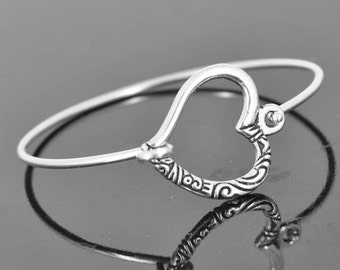 Heart Bangle, Sterling Silver Bangle, Heart Bracelet, Stackable Bangle, Charm Bangle, Bridesmaid Bangle, Bridesmaid jewelry, Bridal Bracelet