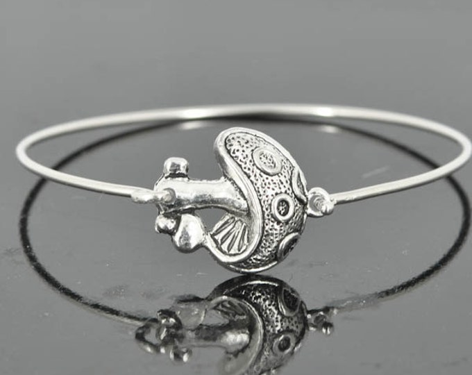 Mushroom Bangle, Sterling Silver Bangle, Mushroom Bracelet, Stackable Bangle, Charm, Bridesmaid Bangle, Bridesmaid jewelry, Bridal Bracelet
