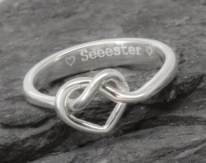Infinity Ring, Engraving Ring, Heart Infinity Ring, Bridesmaid Gift, Best Friend, Promise, Personalized, Friendship, Sister, Mother Daughter